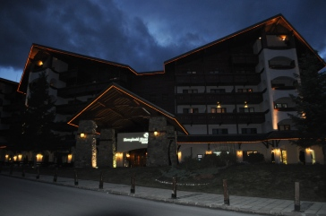 Kempinski by night